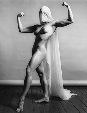 """Lisa Lyon"" (1982), fotografia di Robert Mapplethorpe."